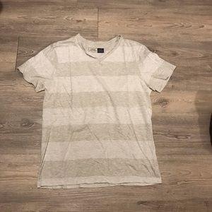 🎉3 for $20🎉 URBAN Heritage Shirt